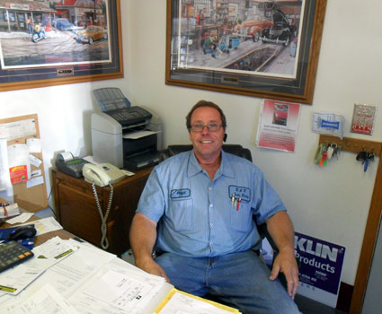Floyd Baynes is the owner of B & B Auto Body Repair in Faribault, MN and has been serving the auto body repair, collision repair, auto body restoration and auto body refinishing needs in Faribault for more than 25 years.